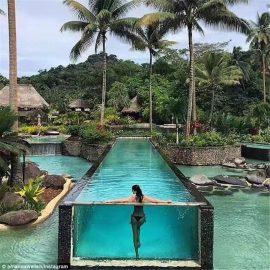 Pannelli acrilici personalizzati per piscine